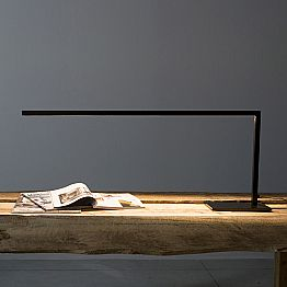Design Table Lamp in Matt Black Painted Iron Made in Italy - Linea